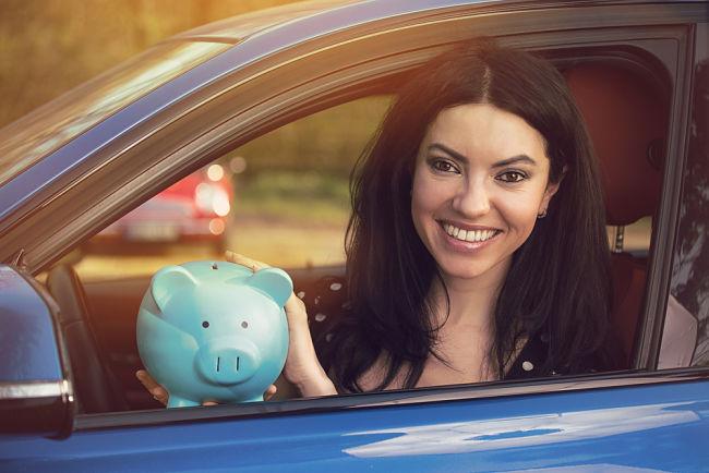 Provoz auta na CNG má skutečně řadu výhod – pro řidiče je to především snížení nákladů na palivo téměř na polovinu.