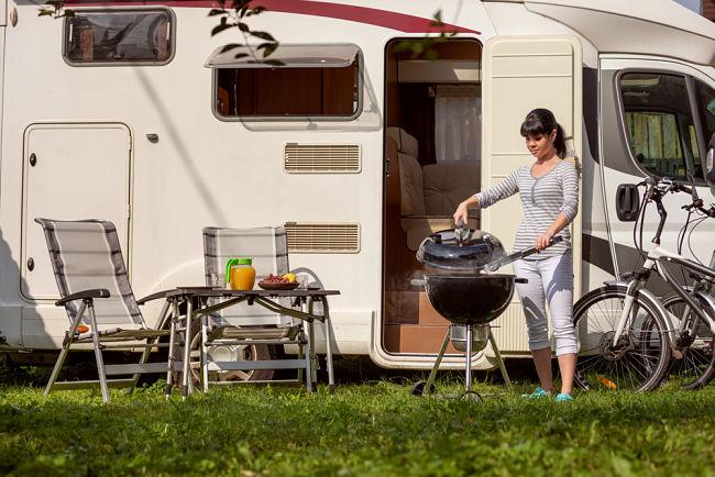 Kempování v karavanu